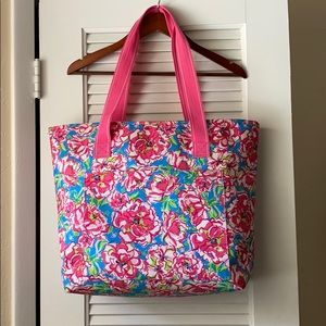 EUC Lilly Pulitzer Insulated Bag